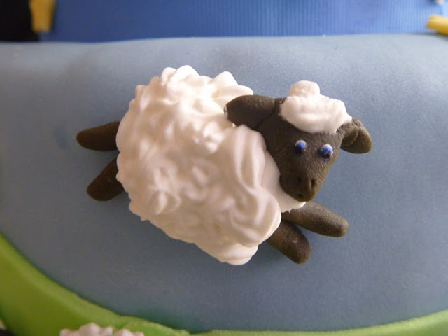 sheepcakedetail3